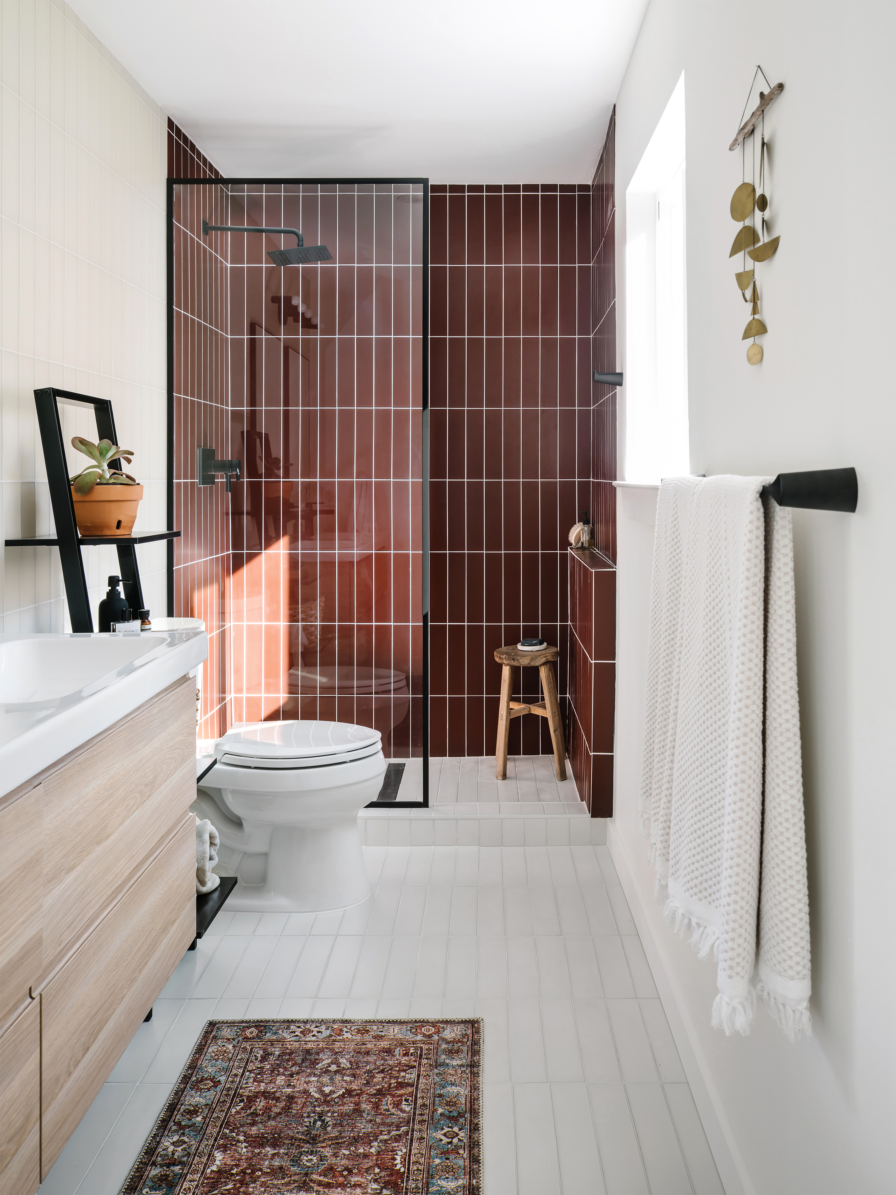 Ceramic Tile Vs Glass Shower Fireclay