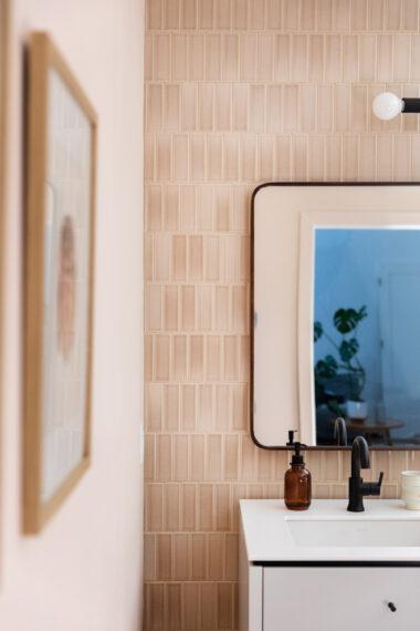 2019 Q1 Image Full Rights Residential Influencer The Fresh Exchange Megan Gilger Basement Bathroom Tile Shower Walls Sand Dune 2X6 Vertical Broken Joint Mirror Detail Fc 234548