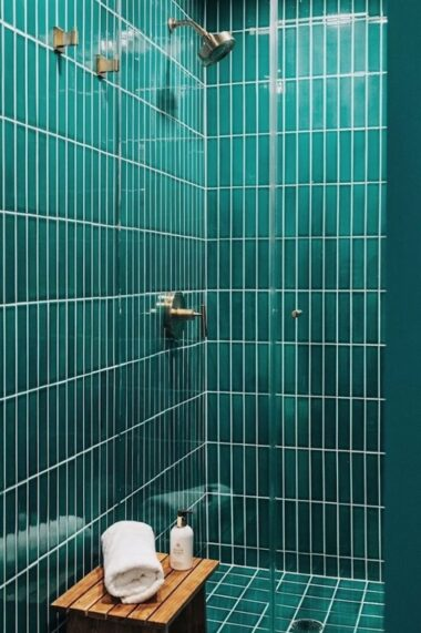 Blog 2018 Commercial Instagram Q4 Eco Sense Interiors Body Evolved Gym Bathroom Floors Walls Shower Curb Vertical Straight Set Stack Ceramic Bora Bora 2X8 4X4 Fc242615 B