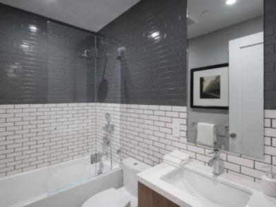 Noz Design: Grey and White Subway Tile Bathroom