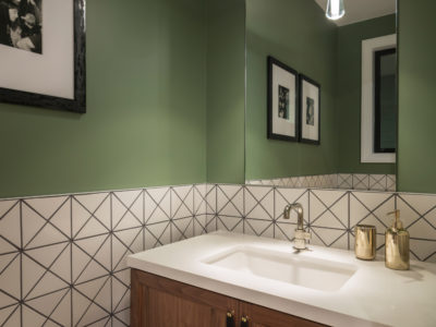 Noz Design: Black and White Tile Bathroom