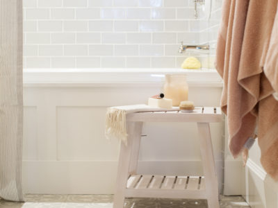 Jillian Harris: Guest Bathroom