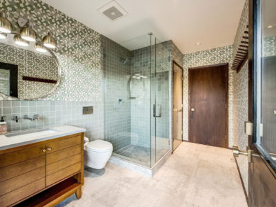 Soothing Green Bathroom Tiles