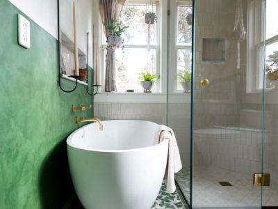 Fare Isle's Botanical Nantucket Bathroom