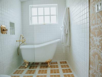 Zuhause: Cottage Bathroom Tiles