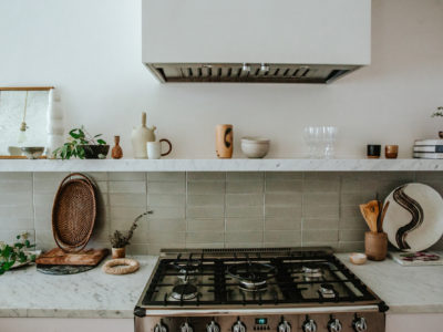 Zuhause: Thin Brick Kitchen Backsplash