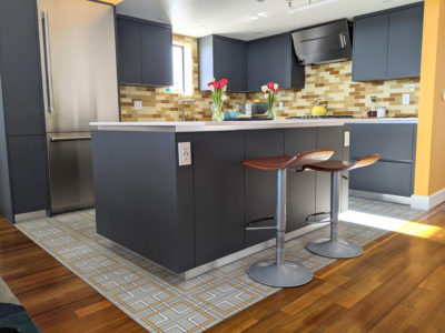 A Sensational Kitchen Tile Pairing