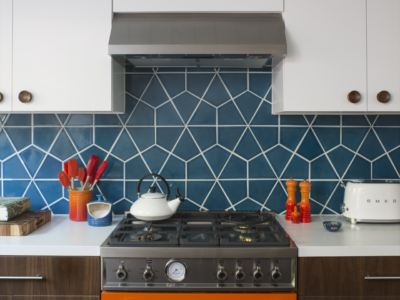 Hexite Backsplash in Adriatic Sea