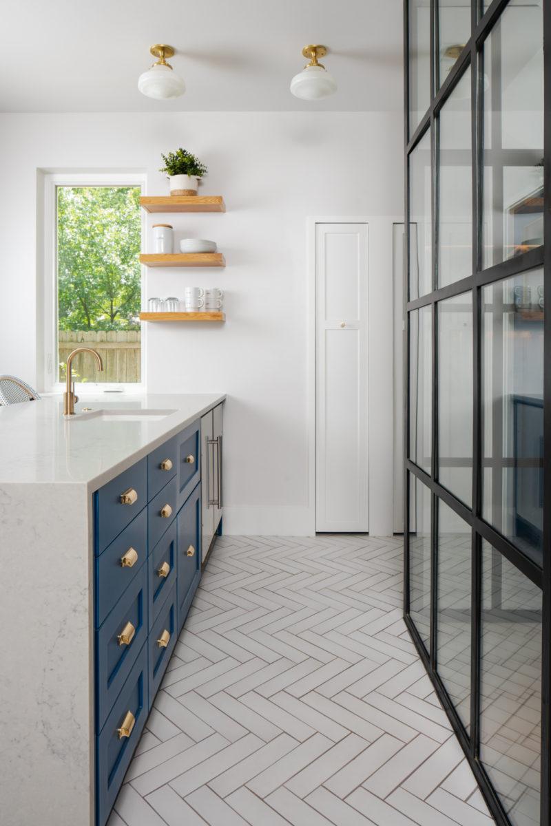 white patterned non slip floor tiles for kitchen