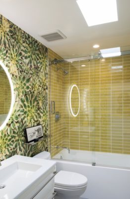 Palm Springs Bath: Yellow Tile Tub Surround