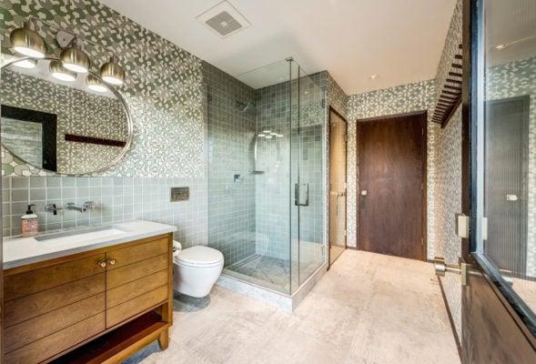 Soothing Green Bathroom Tiles