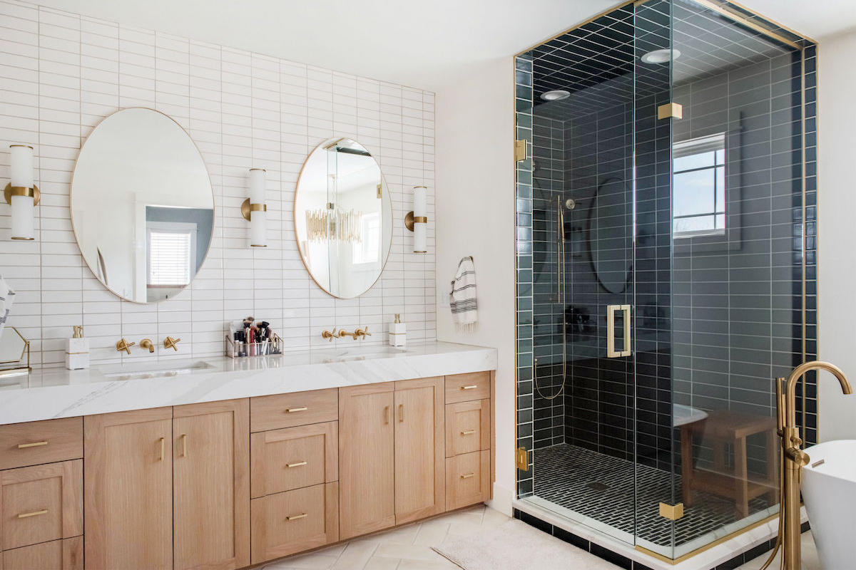 Project Spotlight Two Toned Master Bath Fireclay Tile