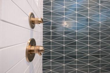 Lead 2018 Q4 Hi Res Rights Fc239163 Pam Matt Mcgrogan Ceramic Bathroom Shower Surround Walls Accent Feature Loch Ness Left Right Scalene Triangle Daisy 3X9 Straight Stack Bullnose Trim