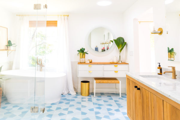 Sugar & Cloth: Master Bathroom Floor