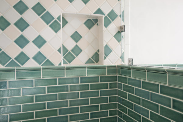 Design Trends: Trimming your Tile with Architectural Moldings