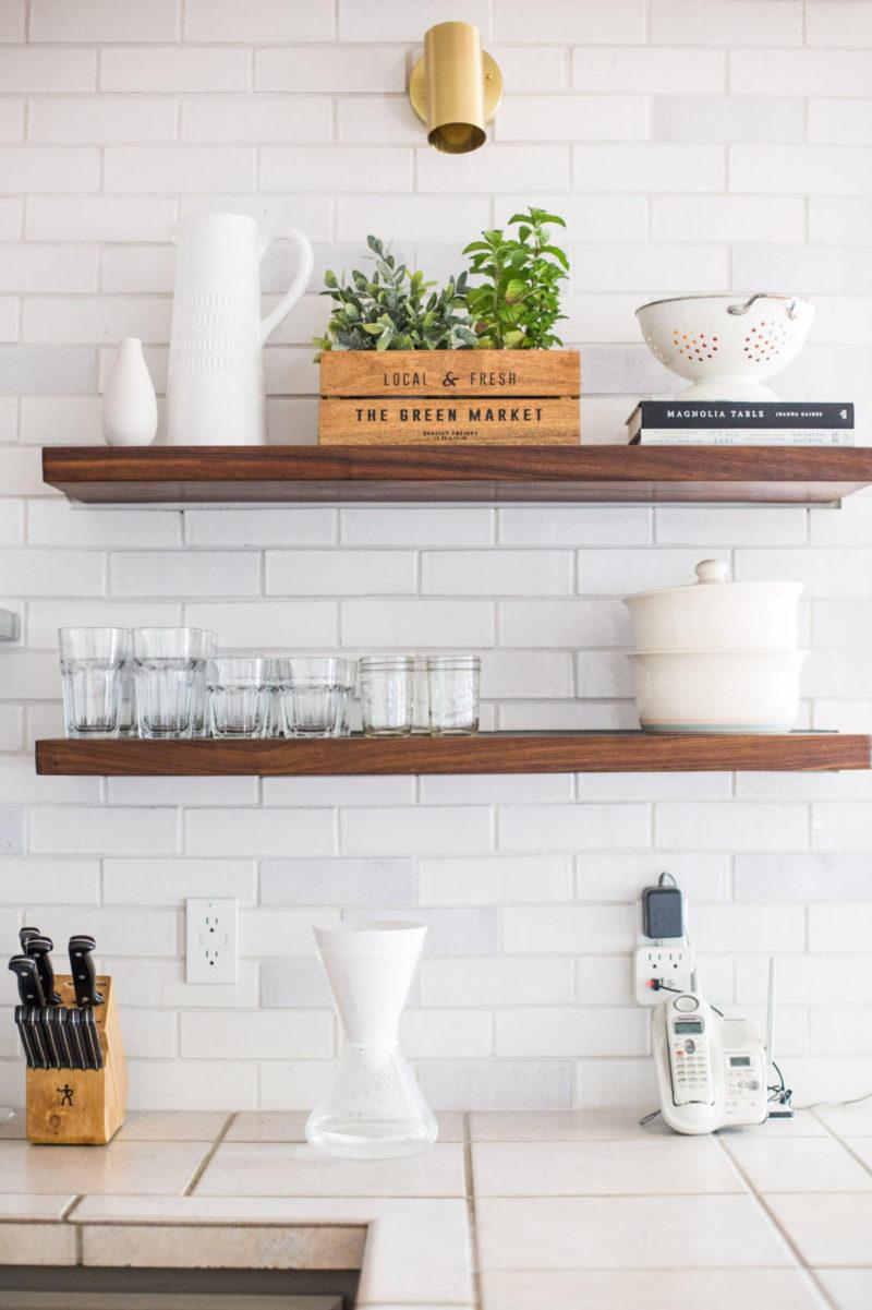 Rustic White Brick Kitchen Backsplash Fireclay Tile