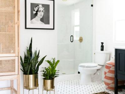 Jaclyn Johnson's Small Diamond Bathroom Floor
