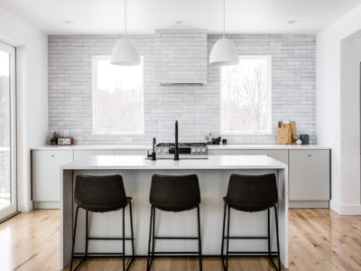 The Fresh Exchange: Brick Kitchen Backsplash