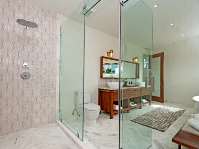 Luxurious Diamond Contour Master Bath