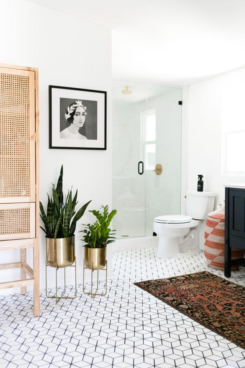 Jaclyn Johnsons Small Diamond Bathroom Floor Fireclay Tile