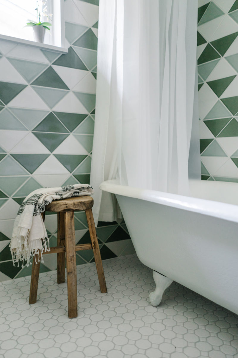 dinding lantai kamar mandi