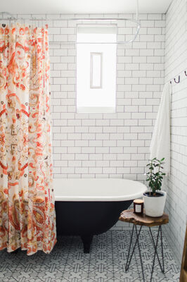 Patti Wagner: Kasbah Trellis Bathroom Retreat