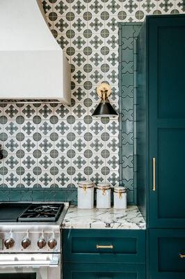 Claire Thomas: Harding House Kitchen Backsplash
