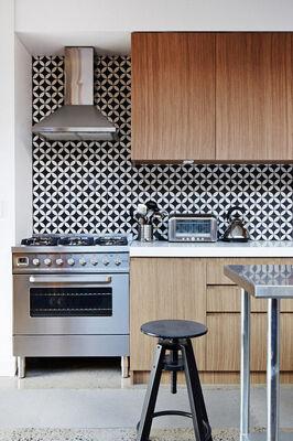 Design Trends: 5 Ways to Tile Your Backsplash