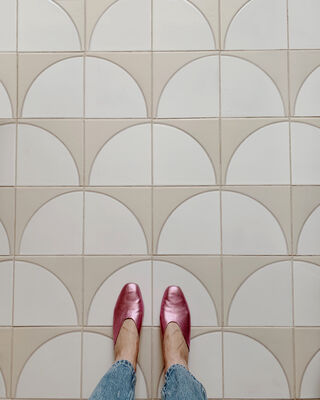 Handpainted Pattern Spotlight: Fallow