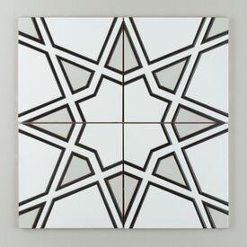 Black  White  Motif  Padma